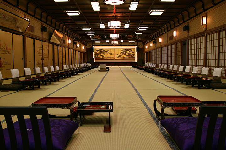 the grand hall of Ukiyo