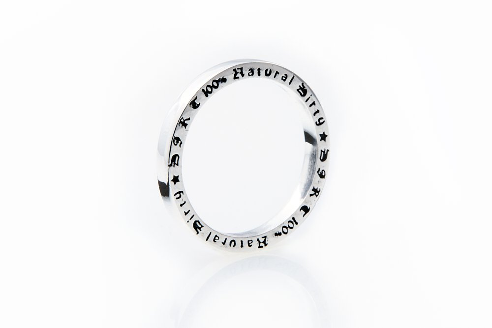 <img class='new_mark_img1' src='//img.shop-pro.jp/img/new/icons14.gif' style='border:none;display:inline;margin:0px;padding:0px;width:auto;' />2019 Winter collection Silver ring