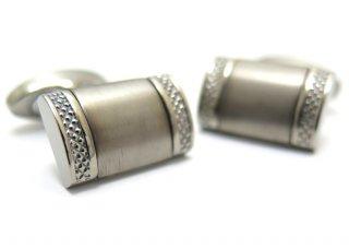 TATEOSSIAN(タテオシアン)モノクロームチタニウムカフス(ブラッシュ仕上げ)(カフスボタン/カフリンクス) - ブランド