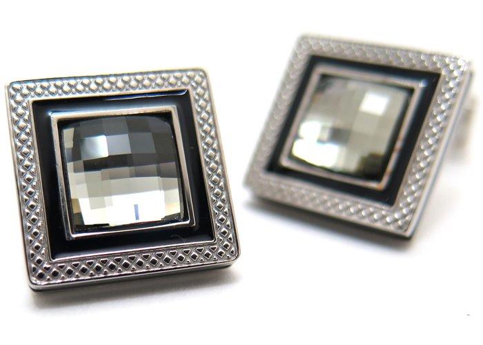 TATEOSSIAN(タテオシアン)クリスタル クアドラートロジウムスワロフスキーカフス(ブラックダイヤモンド) 世界限定303セット(カフスボタン/カフリンクス) - ブランドの画像