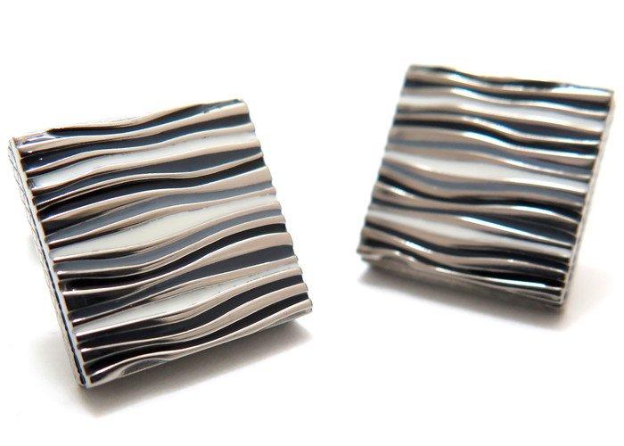 TATEOSSIAN(タテオシアン) チタニウムグラフィックカフス(ブラック&白蝶貝)(カフスボタン/カフリンクス) - ブランドの画像