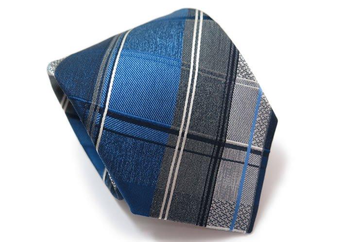 SIMON CARTER(サイモンカーター) バイアスチェック シルクネクタイ(ブルー)(ネクタイ/タイ) - ブランドの画像