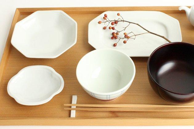 九谷青窯の白磁八角皿
