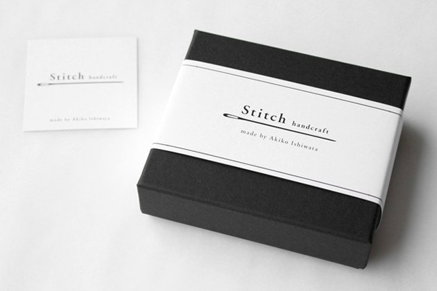 「stitch(スティッチ)」の「Hikite S ゴールド」(ピアス/イヤリング)のパッケージ