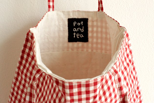 「pot and tea(ポットアンドティー)」のチェック柄バッグ