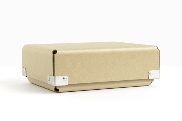 「concrete craft(コンクリート・クラフト)」の収納ボックス「BENT」
