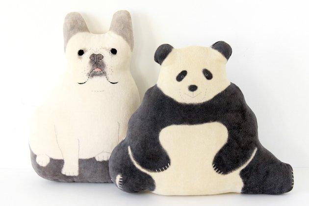 トモタケの動物クッション(フレンチブルドッグとパンダ)