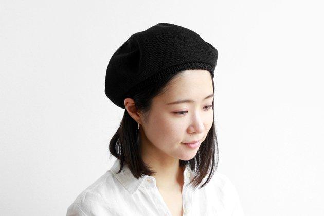 「mature ha.(マチュアーハ)」のベレー帽「beret top gather linen MLK-01 ブラック」