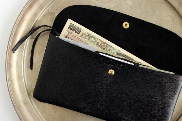 「CLASKA(クラスカ)」のMARINEDAY(マリンデイ)別注長財布