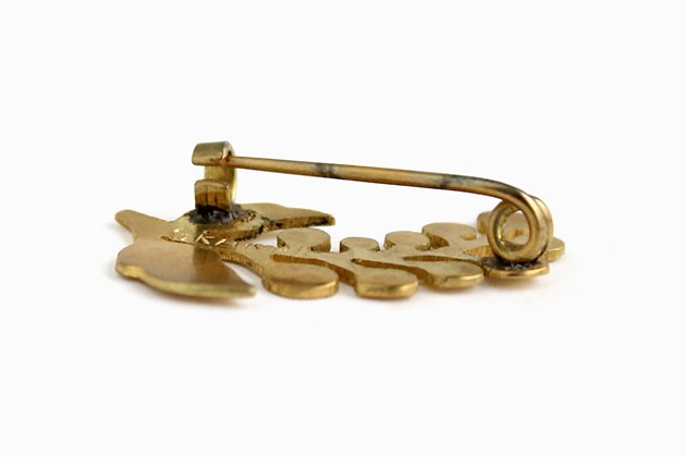 インドのブローチ「実」真鍮