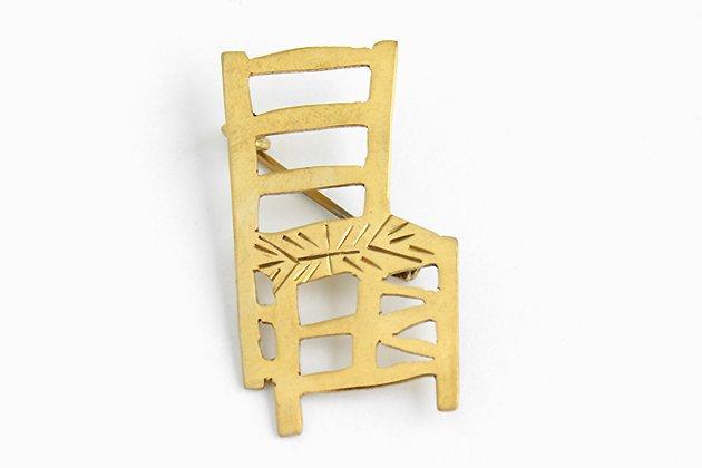 インドのブローチ「椅子」真鍮