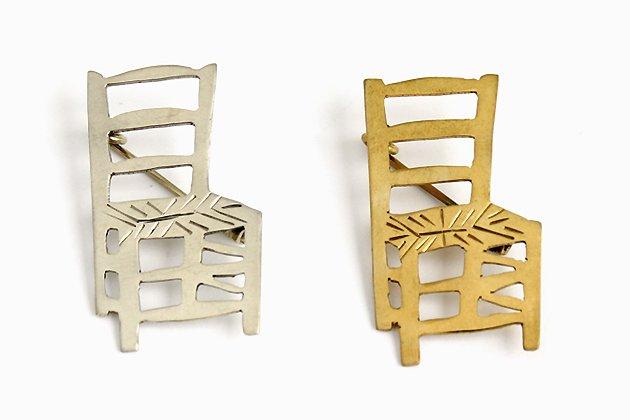 インドのブローチ「椅子」