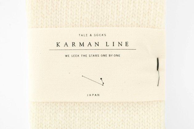 「KARMAN LINE(カーマンライン)」のARIES(牡羊座)のハイソックス