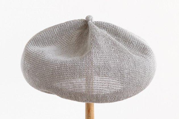 「mature ha.(マチュアーハ)」のベレー帽「beret top gather linen MLK-01 ライトグレー」