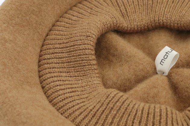 「mature ha.(マチュアーハ)」の帽子「MKF-24011 beret top gather rib lamb」