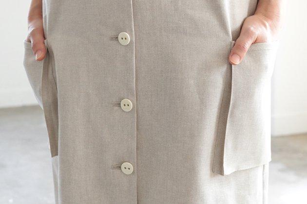「CLASKA(クラスカ)」が堀井和子さんと作ったグリーシエルのリネンジャンパースカート