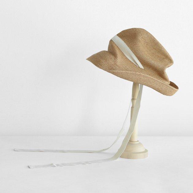 「mature ha.(マチュアーハ)」のブレードハット「BOXED HAT 101GA ミックスブラウン×生成りリボン」