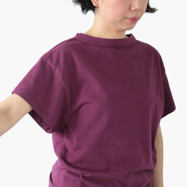 「CLASKA(クラスカ)」発のアパレルブランド「HAU(ハウ)」の半袖Tシャツの生地