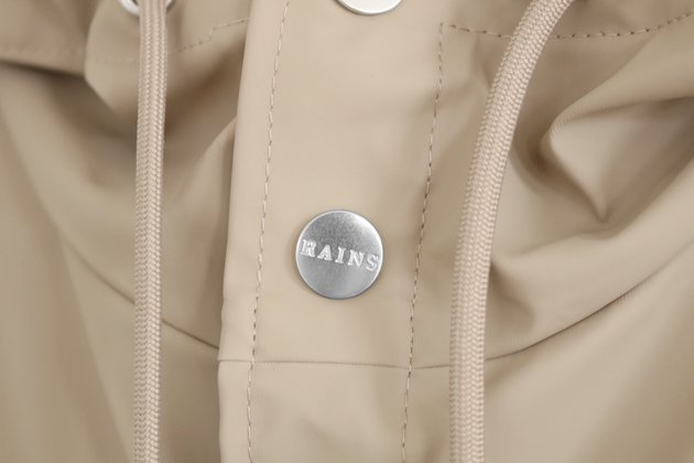 「RAINS(レインズ)」のロングジャケット