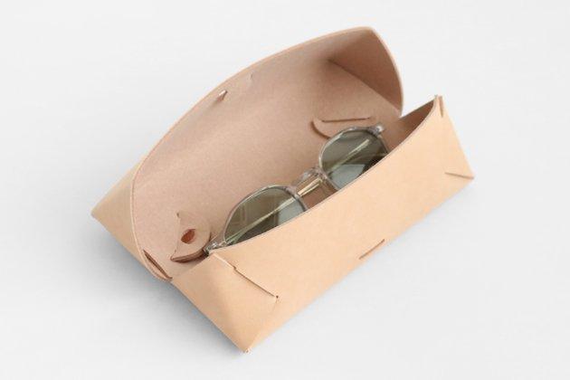「i ro se(イロセ)」のメガネ・ペンケース