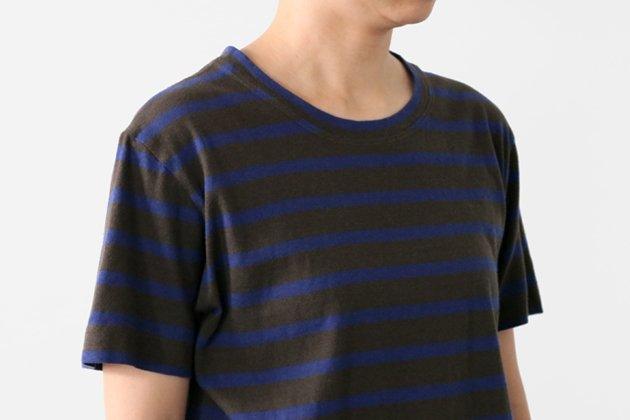 「CLASKA(クラスカ)」発のアパレルブランド「HAU(ハウ)」のボーダーTシャツ