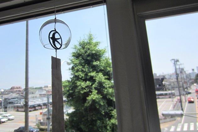 サコウユウコさんのガラスの風鈴(ツバメ)