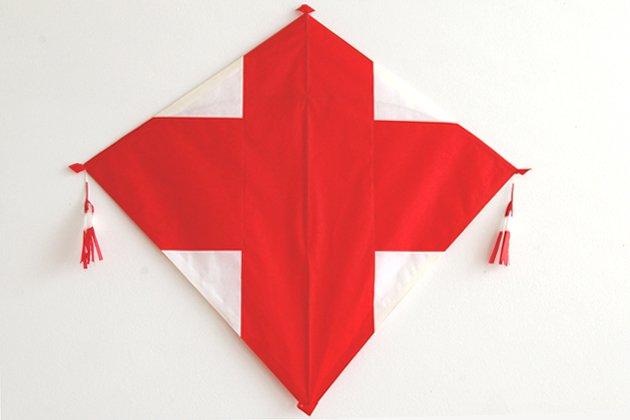 小川凧店の長崎凧「十字」赤
