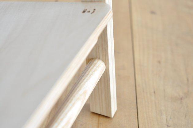 「CLASKA(クラスカ)」の木製ハンガーラック「アトリエハンガー」