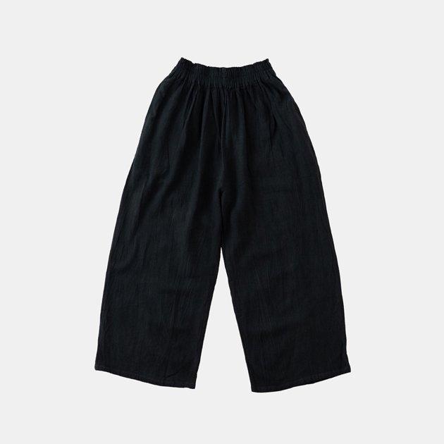 「ヂェン先生の日常着」のワイドパンツ