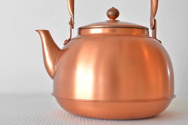 東屋の銅之薬缶