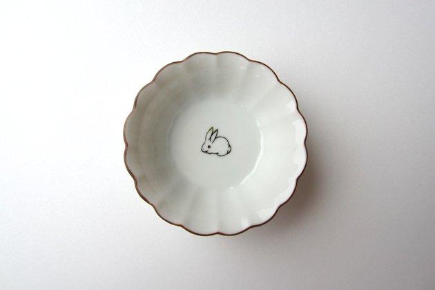 「KUTANI SEAL(クタニシール)」の子兎の菊小鉢