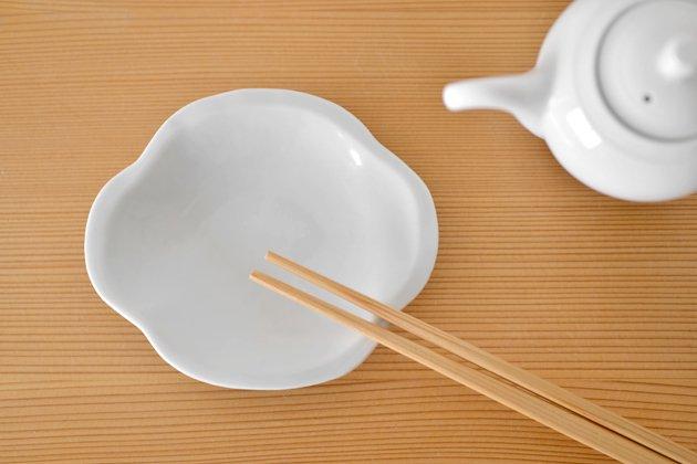九谷青窯の白磁木瓜皿