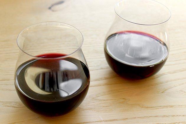 松徳硝子のうすはり葡萄酒器ブルゴーニュ