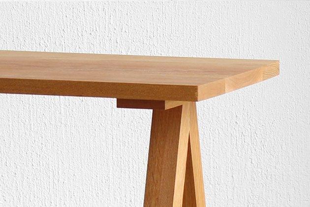 「CLASKA(クラスカ)」のローテーブル「Wood Brace ローテーブル」