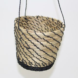 HANGING POT L/BLACK