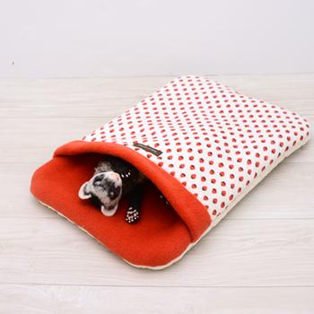 ストロベリーおふとん寝袋 Lサイズ