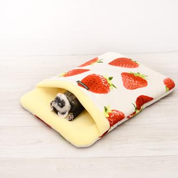 おおきないちご おふとん寝袋 Lサイズ
