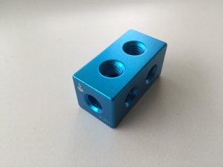 2. 角ブロック 20-40 カラー 青色