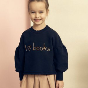 <img class='new_mark_img1' src='https://img.shop-pro.jp/img/new/icons14.gif' style='border:none;display:inline;margin:0px;padding:0px;width:auto;' />KIDS ON THE MOON / I love books sweatshirt AW18