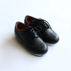 <img class='new_mark_img1' src='https://img.shop-pro.jp/img/new/icons14.gif' style='border:none;display:inline;margin:0px;padding:0px;width:auto;' />Long wing tip shoes / BLACK / NINOS(ニーニョ)