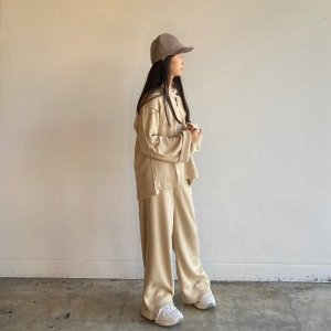 <img class='new_mark_img1' src='https://img.shop-pro.jp/img/new/icons14.gif' style='border:none;display:inline;margin:0px;padding:0px;width:auto;' />Wide Pants / Ecru / GRIS (グリ)2020aw