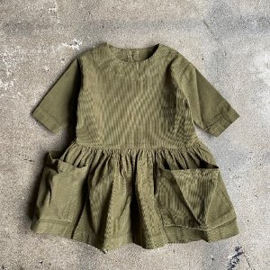 <img class='new_mark_img1' src='https://img.shop-pro.jp/img/new/icons14.gif' style='border:none;display:inline;margin:0px;padding:0px;width:auto;' />AS WE GROW Pocket dress  / Olive