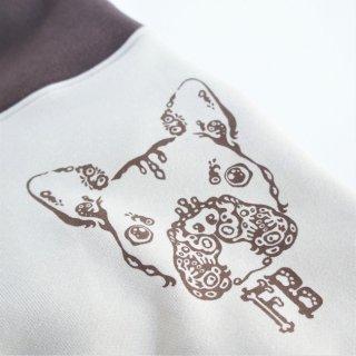伝七プリントのハイネックトレーナー  珈琲色(コーヒー)