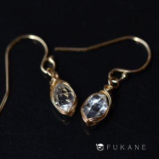 【一点もの】原石14KGFワイヤーラップピアス/ハーキマーダイヤモンド(ニューヨーク産)