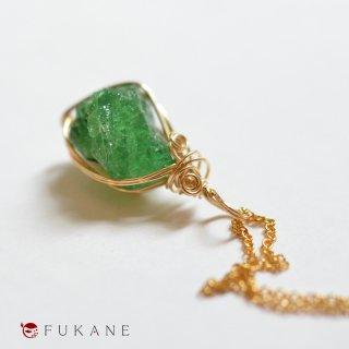 【一点もの】14KGF原石ワイヤーラップペンダント/ツァボライト(タンザニア産)