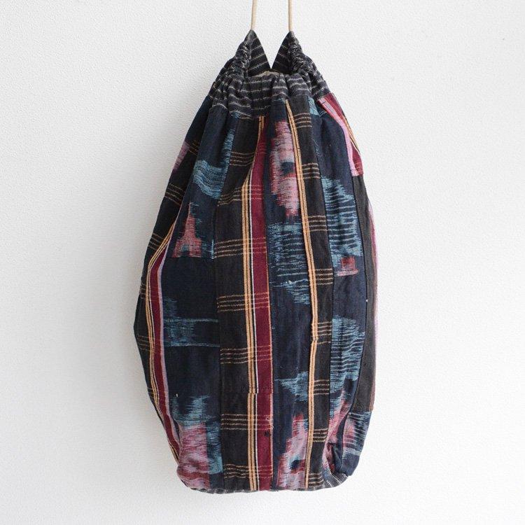 米袋 つぎはぎ 藍染 絣 巾着バッグ ジャパンヴィンテージ 戦前   Japanese Fabric Bag Rice Kasuri Aizome Patchwork Vintage