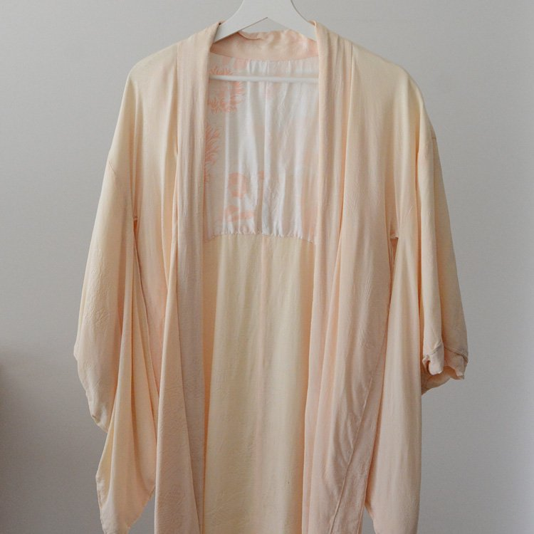 <img class='new_mark_img1' src='https://img.shop-pro.jp/img/new/icons8.gif' style='border:none;display:inline;margin:0px;padding:0px;width:auto;' />Haori Jacket Japan Vintage Antique Kimono 50〜60s | 羽織 着物 ジャパンヴィンテージ 50〜60年代