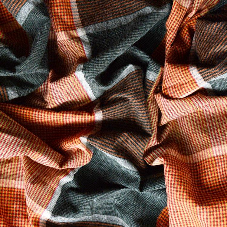 布団皮 襤褸 古布 ジャパンヴィンテージ ファブリック テキスタイル 昭和 | Japanese Fabric Vintage Cotton Boro Futon Cover Textile