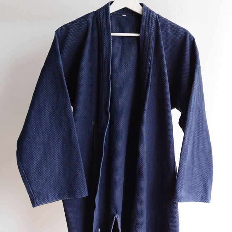 <img class='new_mark_img1' src='https://img.shop-pro.jp/img/new/icons8.gif' style='border:none;display:inline;margin:0px;padding:0px;width:auto;' />剣道着 刺し子 木綿 ジャパンヴィンテージ 平成 サイズ4   Kendo Jacket Sashiko Cloth Cotton Japan Vintage Heisei
