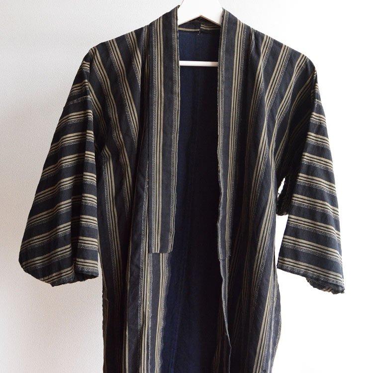 <img class='new_mark_img1' src='https://img.shop-pro.jp/img/new/icons8.gif' style='border:none;display:inline;margin:0px;padding:0px;width:auto;' />野良着 着物 襤褸 木綿 縞模様 ジャパンヴィンテージ 大正 | Noragi Jacket Boro Kimono Cotton Stripe Japan Vintage